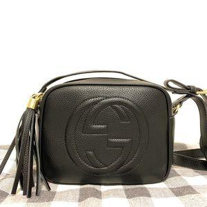 Gucci 8 x 6 x 3 black